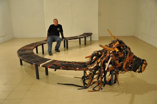 1000-Belt-Bench-by-Hongtao-Zhou