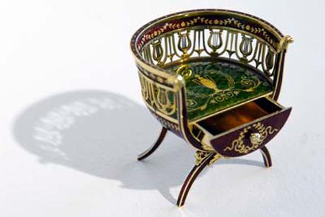Miniature Faberge Chair 01