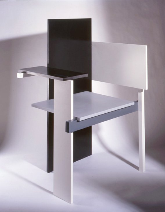 a chair by rietveld yes the berlin chair. Black Bedroom Furniture Sets. Home Design Ideas