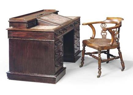 Dicken's Writing Chair