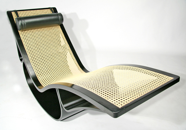 Rio rocking lounge chair by oscar niemeyer at christie 39 s for Chaise longue oscar niemeyer