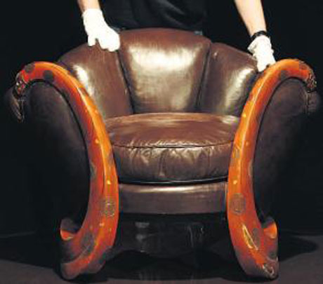 Eileen-Grey-Snake-Chair-2