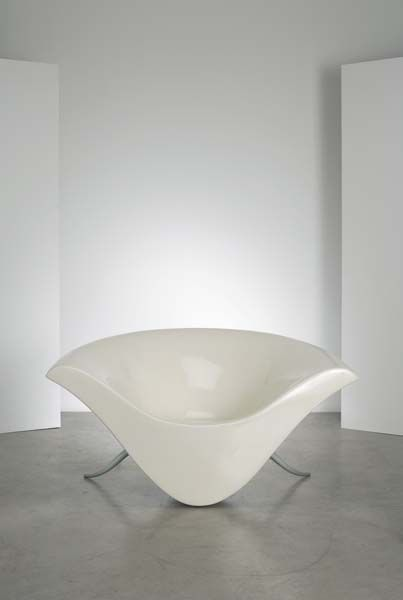 Prototype Smile chair by Peter Harvey