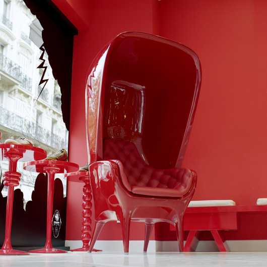 Showtime High Back Chair by Jaime Hayon Red