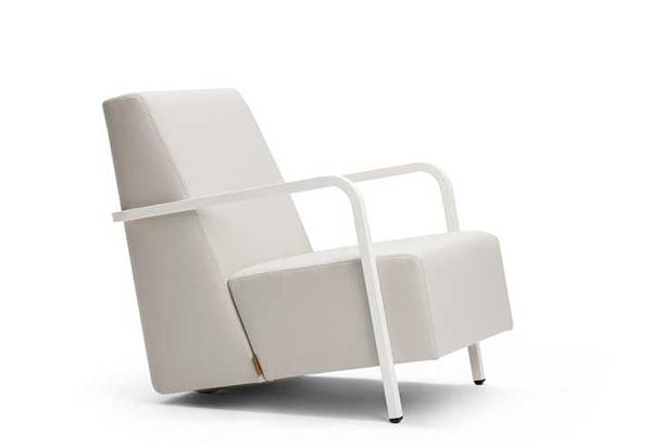 Chair Bertus by Alain Monnens