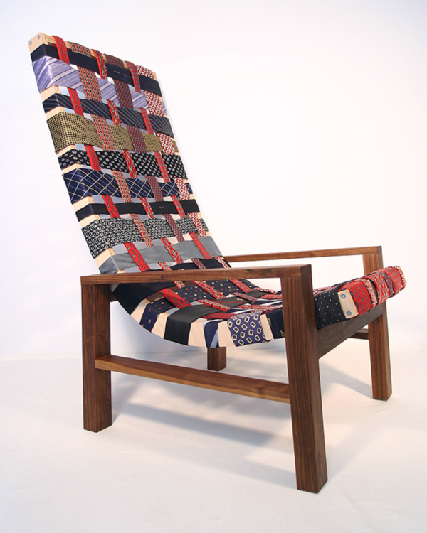Un-tied or tied-up chair?