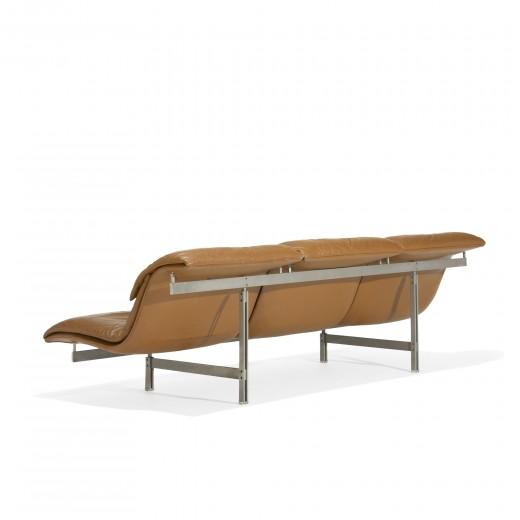 Wave Sofa by Giovanni Offredi