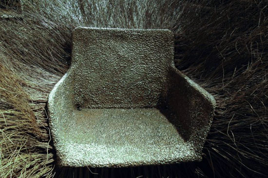 the seat of bush of iron by nacho carbonell