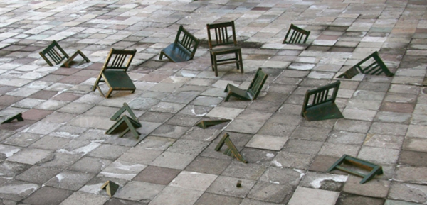 Chair installation by Ivan Puig 2