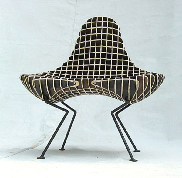 Bantam Chair by Ryan Dart Front