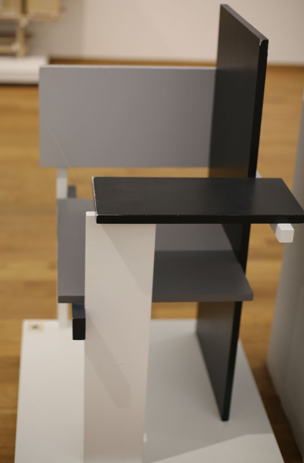 Chairs Berlin rietveld s berlin chair chairblog eu