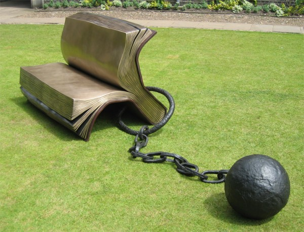 Book_Bench_Ball_Chainv01