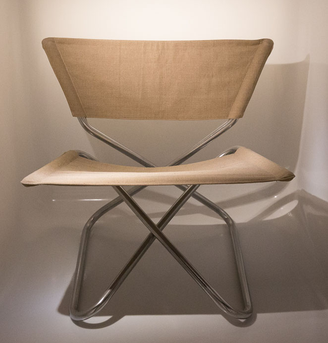 Z Down Folding lounge chair by Erik Magnussen