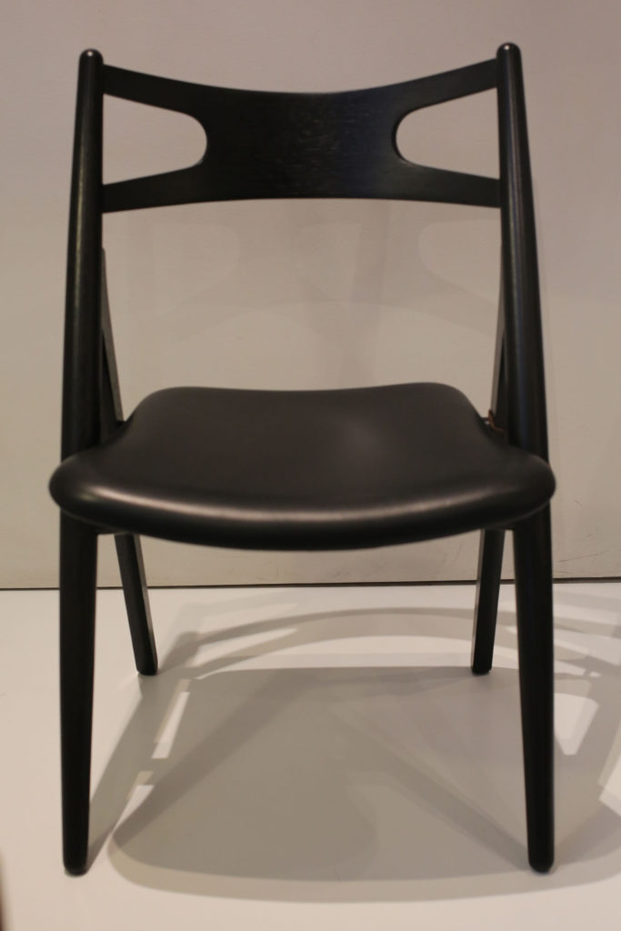 Black CH 29 or Sawbuck Chair by Hans Wegner