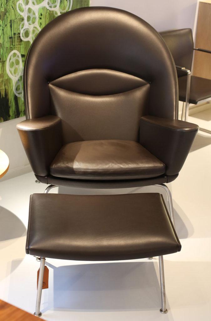 Black CH468 Oculus Chair by Hans Wegner