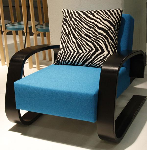 Blue Armchair 400 by Alvar Aalto for Artek_MG_3667
