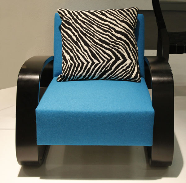 Blue Armchair 400 by Alvar Aalto for Artek_MG_3669