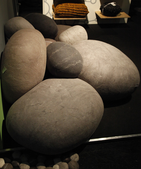 Felted-Wool-Stone-Cushions-by-Ronél-Jordaan_MG_8090