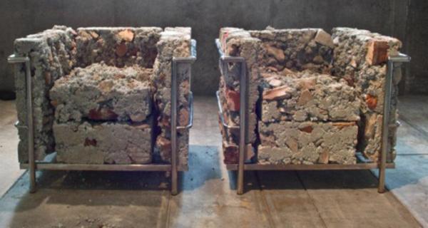 Liz-Glynn-On-The-Museums-Ruins
