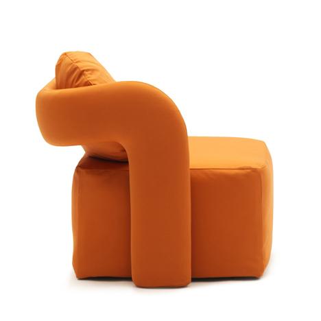 Orange Virgola by Giulio Manzoni sideview