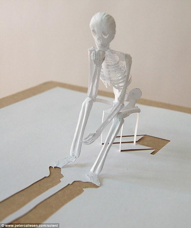 Как сделать в бумаги скелет руками 257
