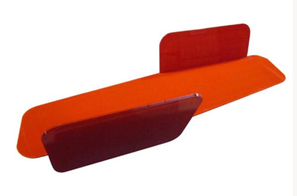 Red-Glass-Bench-by-Luca-Nichetto-ii