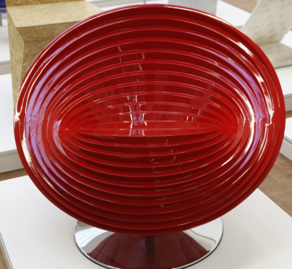 Ring-Chair-in-Red-by-Ruben-Spaargaren-_MG_2570