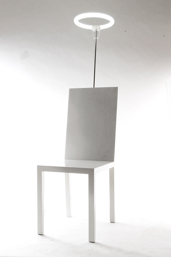 Saint Chair
