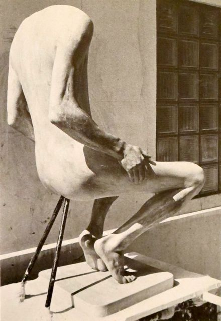 """The Birth of Ruth Francken's """"Homme"""" Chair"""