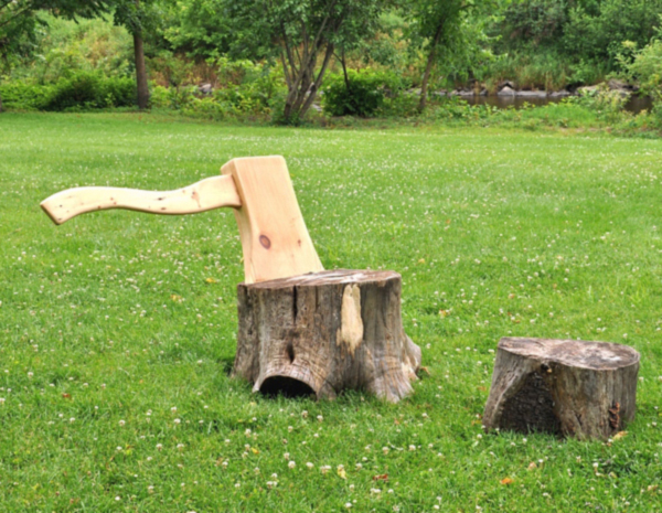 Two Stumps and an Axe Lounge Chair by Hongtao Zhou 01