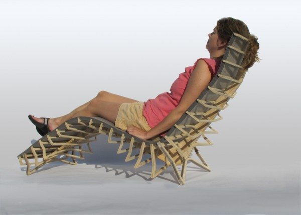 Vertebrae Chair with Lady