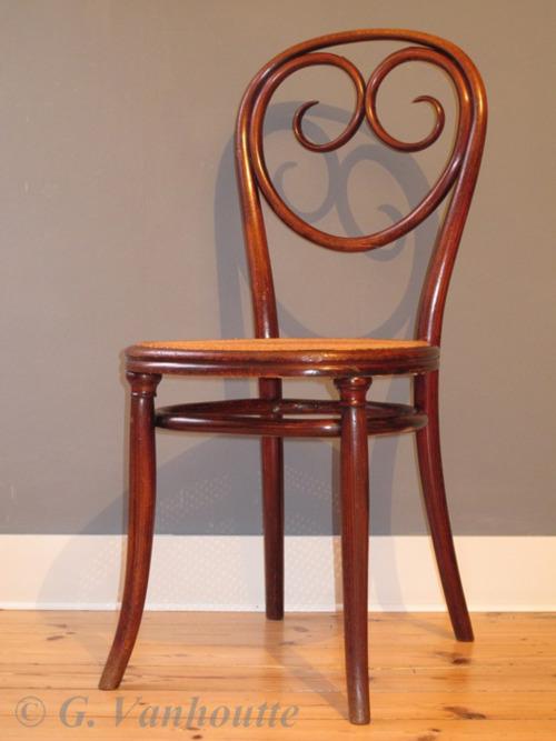 Thonet no. 2 - Chair Blog | Tumblr